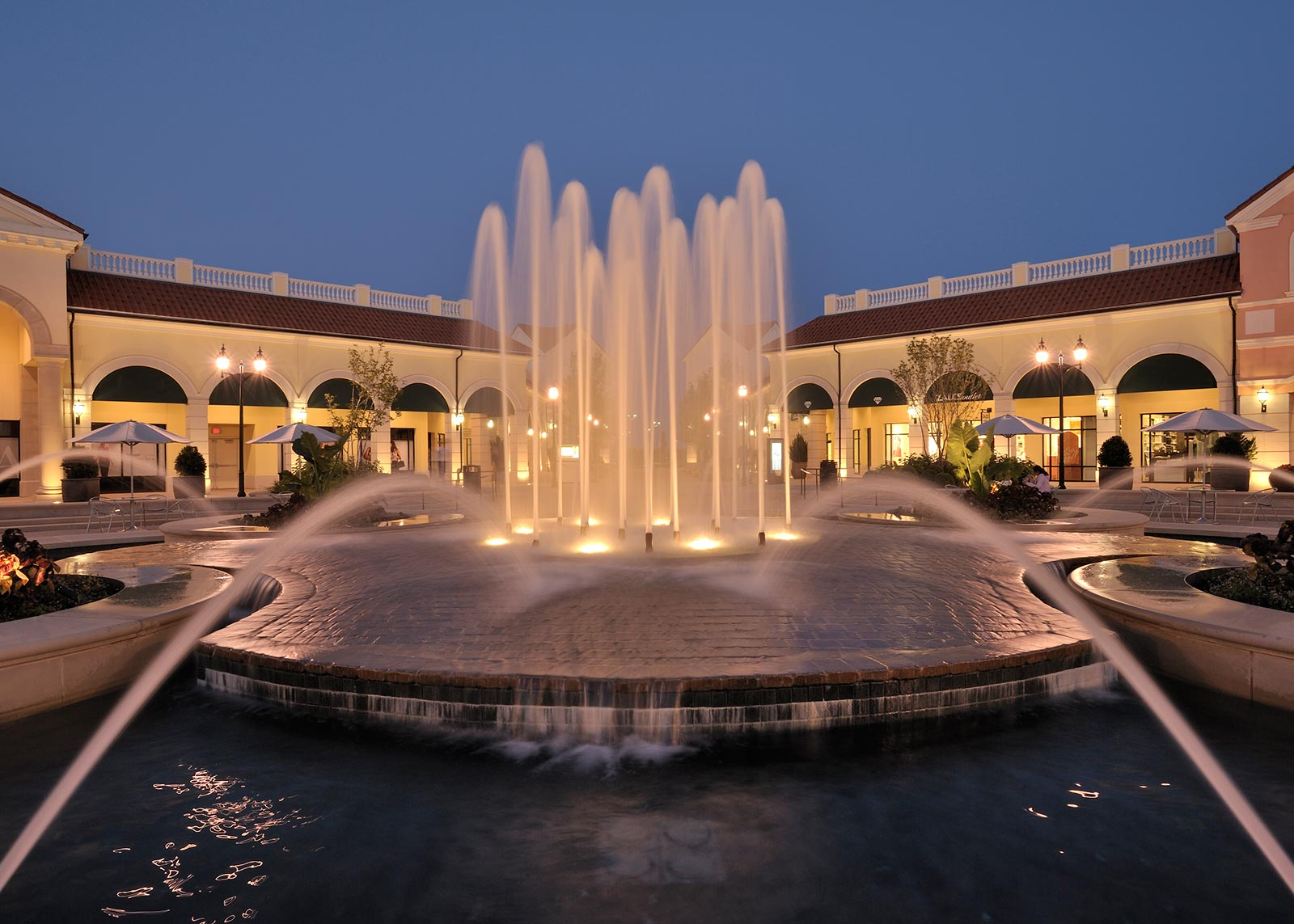 Tanger-Outlets-Gallery-7