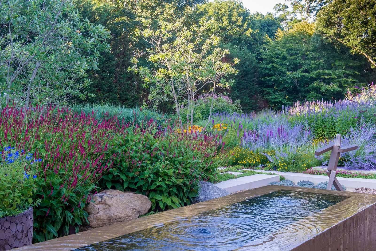 Innovation In Design Hamptons Cottages Gardens Ovs