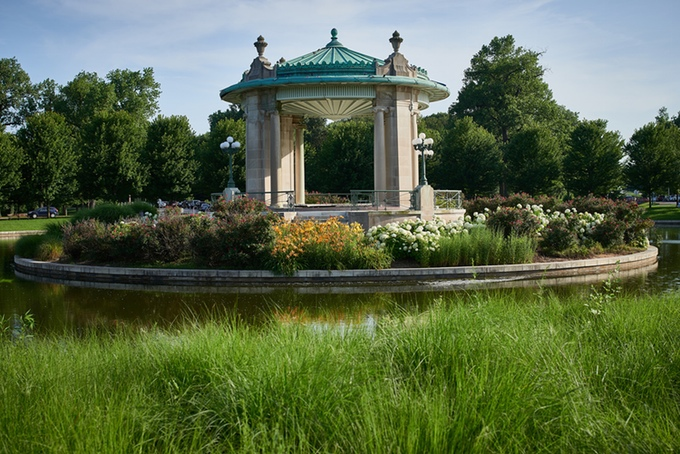 Pagoda Circle at Forest Park – St. Louis, MO. © Greg Barth.